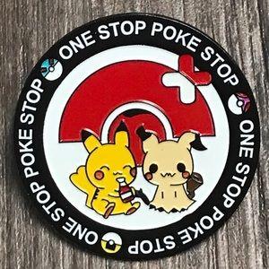 Accessories - Pikachu and Mimikyu enamel pin